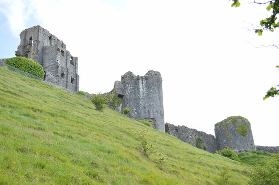 Corfe Castle, UK: View from path to castle