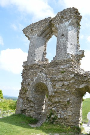 Corfe Castle, UK: On the castle grounds