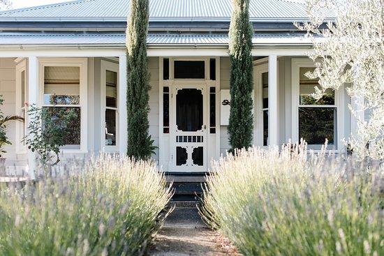 Rutherglen, Australia: Welcome to La Maison St Arnaud B&B