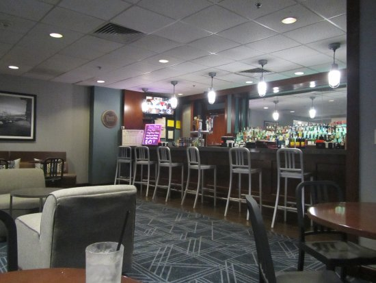 Revere, MA: View of the Bisuteki Lounge