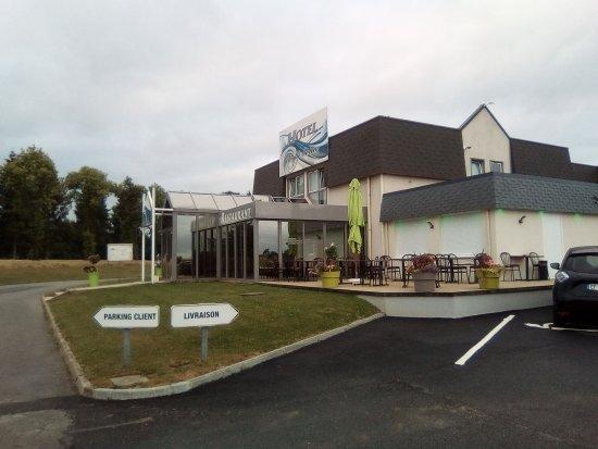 Hotel de la seine la frenaye france voir les tarifs for Prix des hotels en france