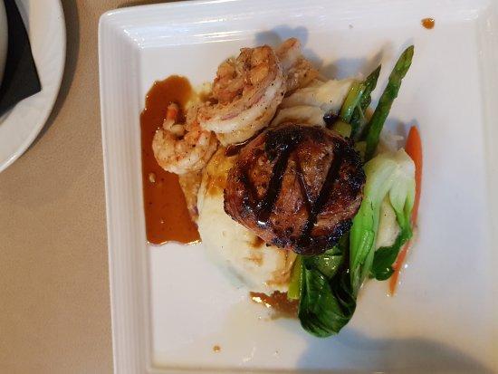 Vic's Steakhouse: 20170624_204517_large.jpg
