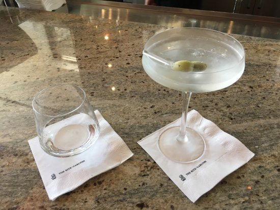 Rancho Mirage, CA: Great desert views and drinks