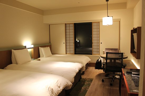 Hilton Osaka : Our room for 3