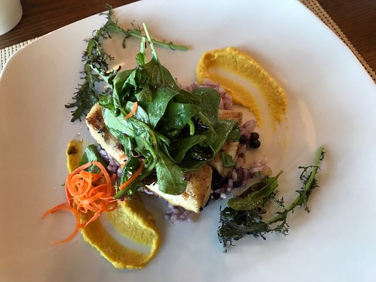 Alpenglow Restaurant- Grande Denali Lodge