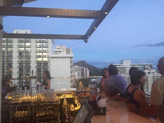 Sky Waikiki: photo0.jpg