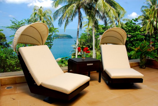 Baan Saleah Phuket : Designer Furniture can be found throughout the villa
