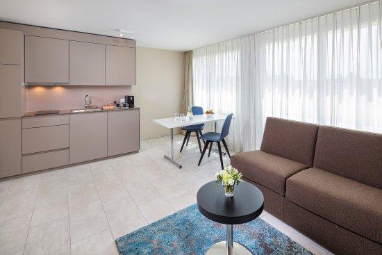 Opfikon, Switzerland: Business Suite