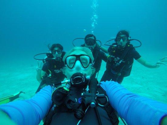 Chalong, Tailândia: Dive master Klaus