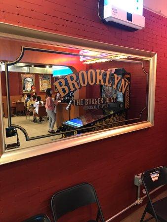Brooklyn The Burger Joint : photo8.jpg