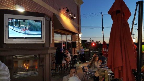 Aurora, Canada: Chuck's Roadhouse Bar and Grill