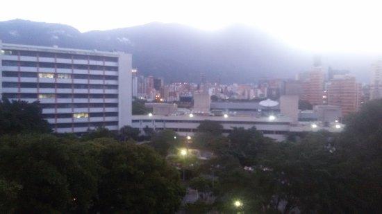 Hotel Milenio: 20170625_055713_large.jpg