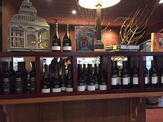 Milawa, Australia: Wine displays.