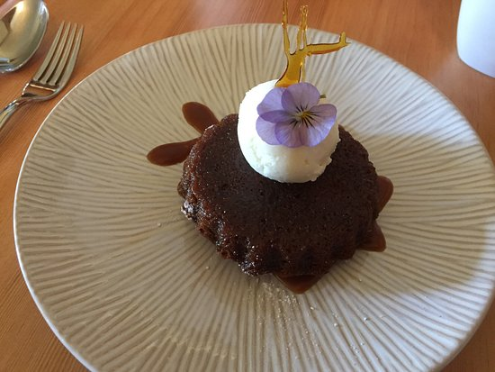 Mill Bay, Canada: Sticky toffee pudding