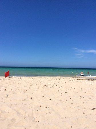 Zarzis, Tunesien: Mer à 32°
