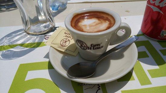 Monghidoro, Italia: Caffè macchiato