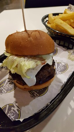 Charlestown, Australia: Aussie burger