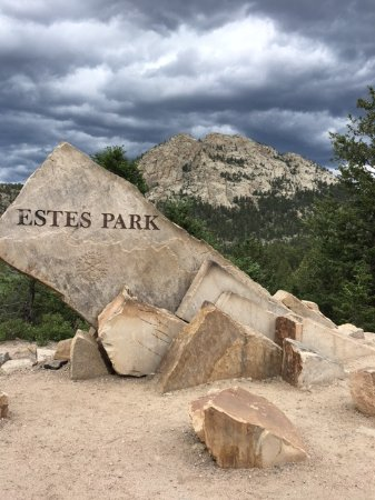 Rams Horn Village Resort: Coming Into Estes Park