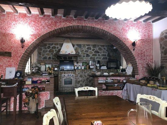 Semproniano, Italy: photo1.jpg