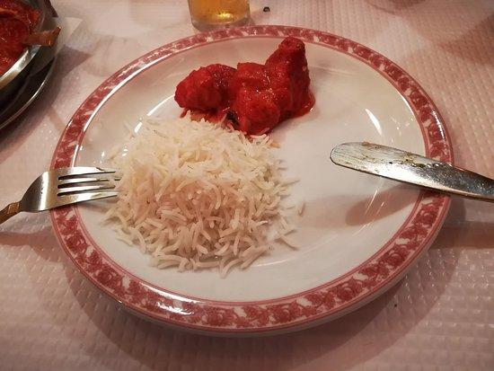 Natraj Tandoori - Rato: Chicken Tikka Masala com arroz Basmati