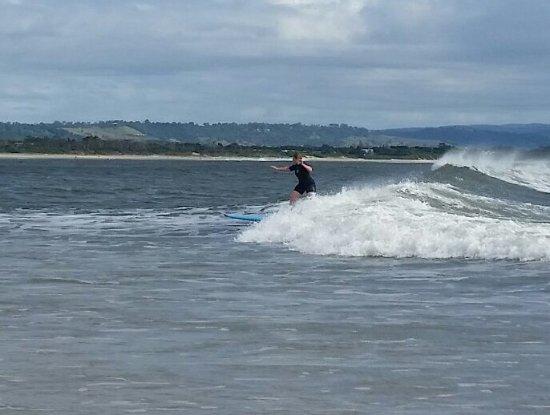 Suffolk Park, Australien: me surfing!