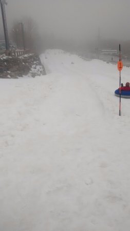 Beech Mountain, NC: Looking down the snow tubing hill.