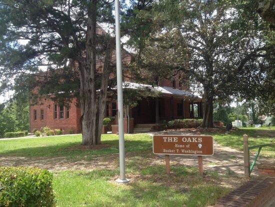 Tuskegee, AL: photo1.jpg