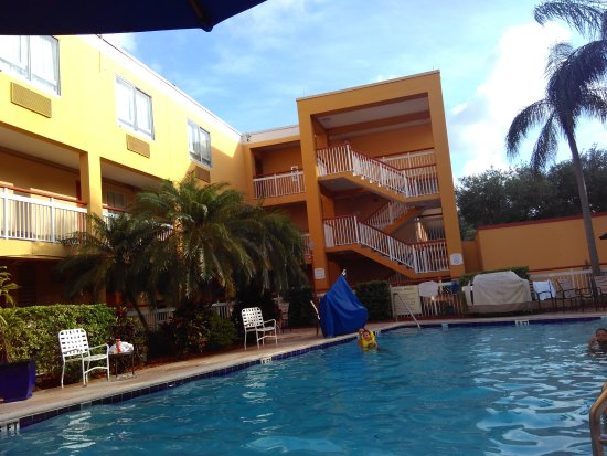 Quality Inn Miami Airport: IMG_20170620_183310_large.jpg