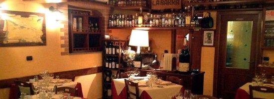 Sesto Calende, Włochy: sarete circondati da bottiglie di rum, come potete vedere!