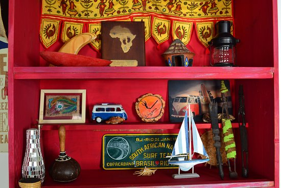 Umzumbe, South Africa: Decor and surfing trophies