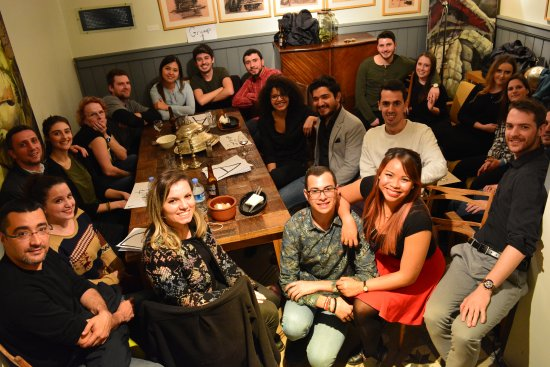 No:19 Dining: trivia team