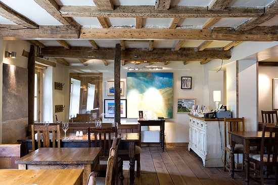 Wiveton Bell: Traditional Interiors with a Stylish Twist a mile from Blakeney