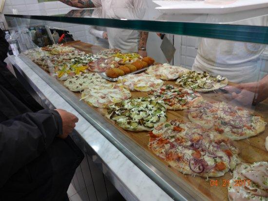 Tiffany Roma Suite: Pizzeria Pinsere