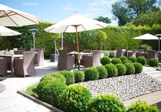 Wiveton Bell: Lovely Sheltered Sunny Gardens A Mile From Blakeney