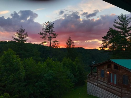 Campton, KY: Sunset from Cliffview