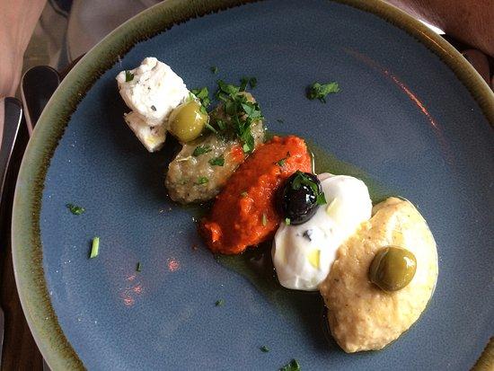 Ruislip, UK: dip coice, my wife said very nice