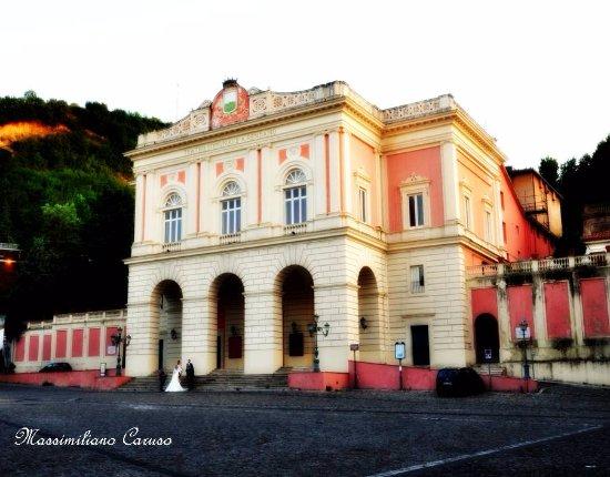 Centro Storico: il teatro Rendano
