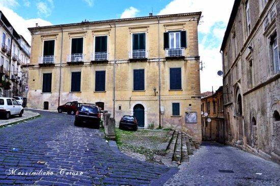 Centro Storico: via Gaetano Argento
