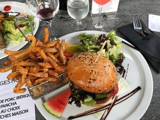 restaurant bistro gusto dans brignais avec cuisine