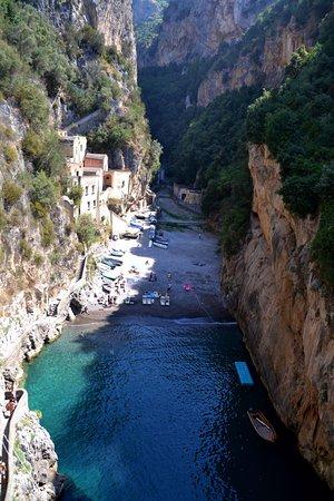 Fiordo di Furore, Italy: View from the bridge