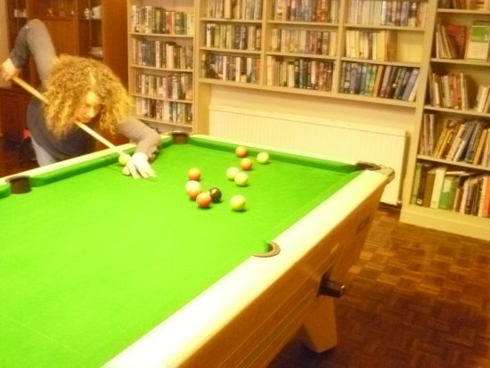 Whithorn, UK: Full size pool table