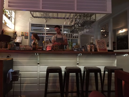 Picture of balcony bar oyster co byron bay for Balcony restaurant byron