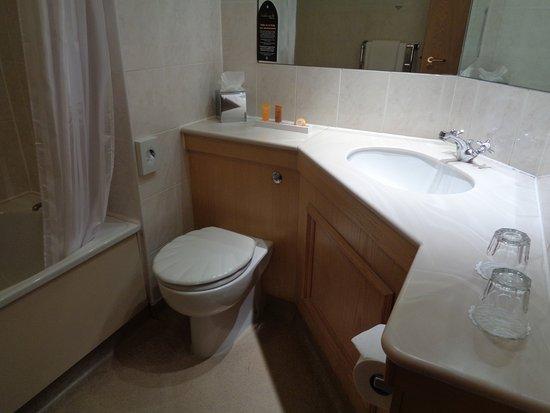 Hallmark Hotel Glasgow: Toilet