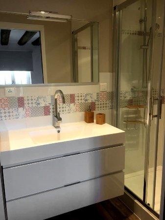 Broglie, Frankreich: Salle de bain de la chambre du 1er étage