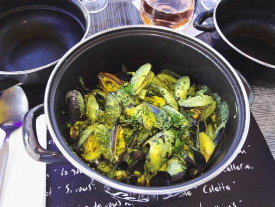La Faute sur Mer, Франция: La terrasse, moules au curry