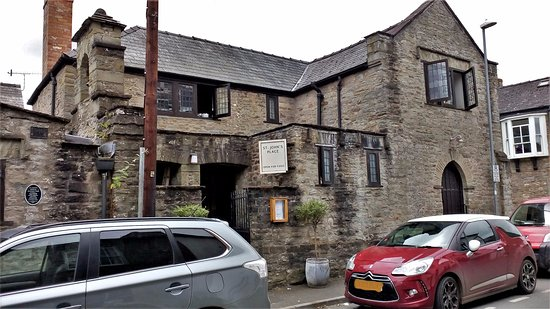 The Old Stables Tea Rooms: Hay-On-Wye