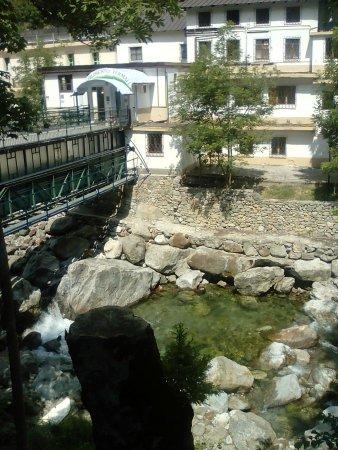 Hotel Miramonti: A pochi Km si trova un rinomato centro termale