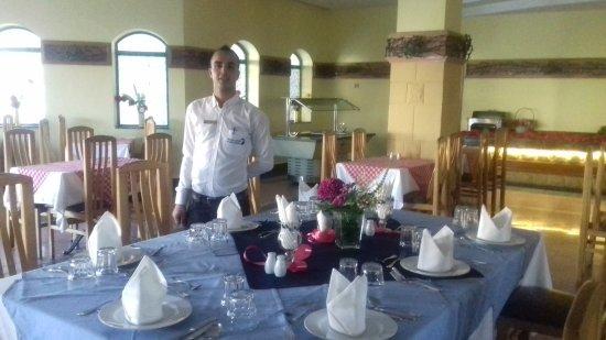 Falcon Hills Hotel: 20170624_175014_large.jpg