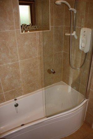 Umberleigh, UK: Taw Valley Cottage bathroom