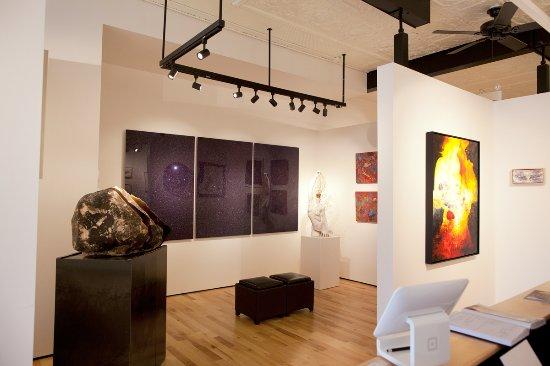 Almonte, Canadá: Interior of Sivarurlasa Gallery